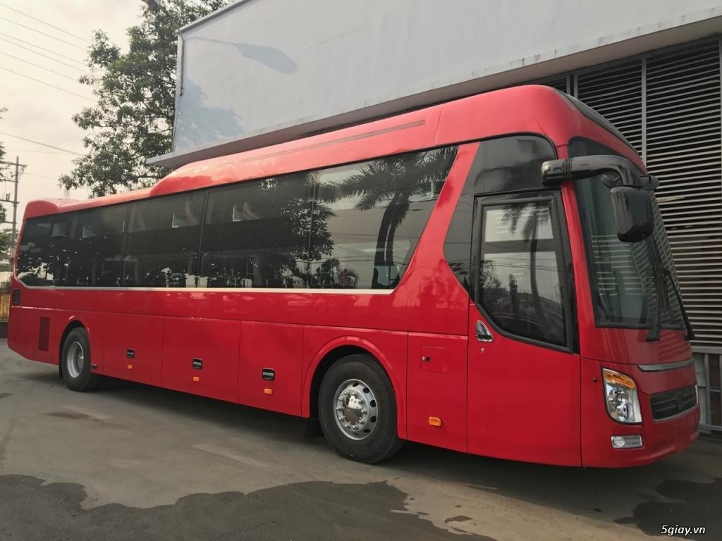 Bán xe giường nằm Universe, động cơ Hino 380 mã lực, bầu hơi K43
