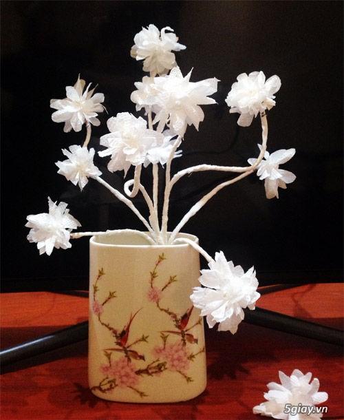 Bình hoa tuyệt đẹp bằng khăn giấy - 210927