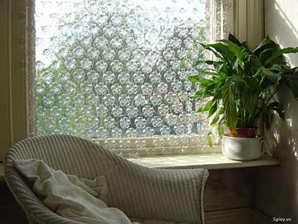 Trang trí nhà bằng chai nhựa vô cùng độc đáo - 210934