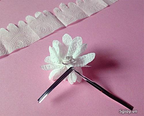 Bình hoa tuyệt đẹp bằng khăn giấy - 210932