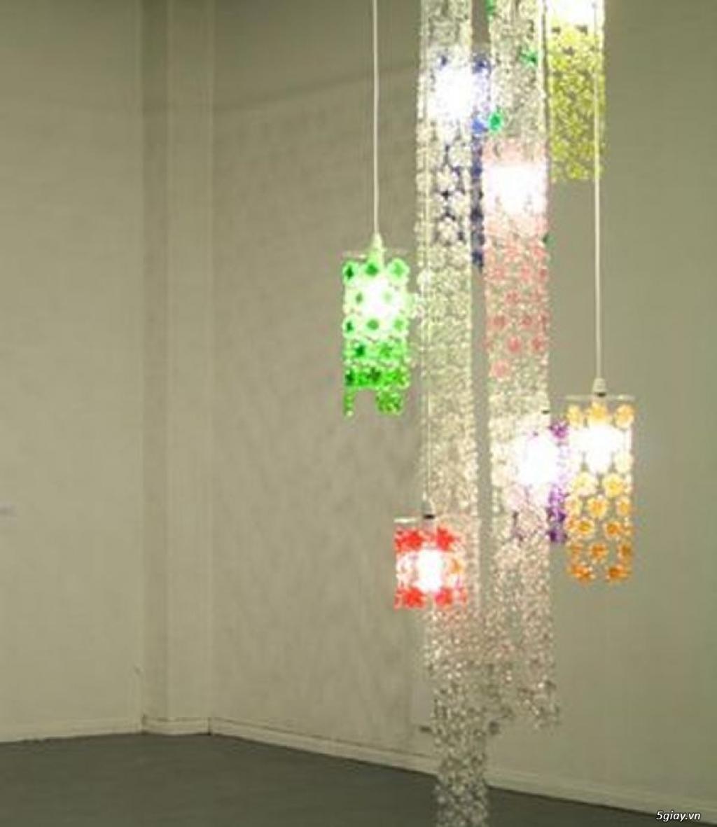 Trang trí nhà bằng chai nhựa vô cùng độc đáo - 210936