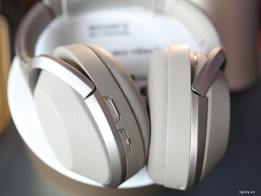Ra mắt loạt tai nghe cao cấp chống ồn 1000X series của Sony - 211115