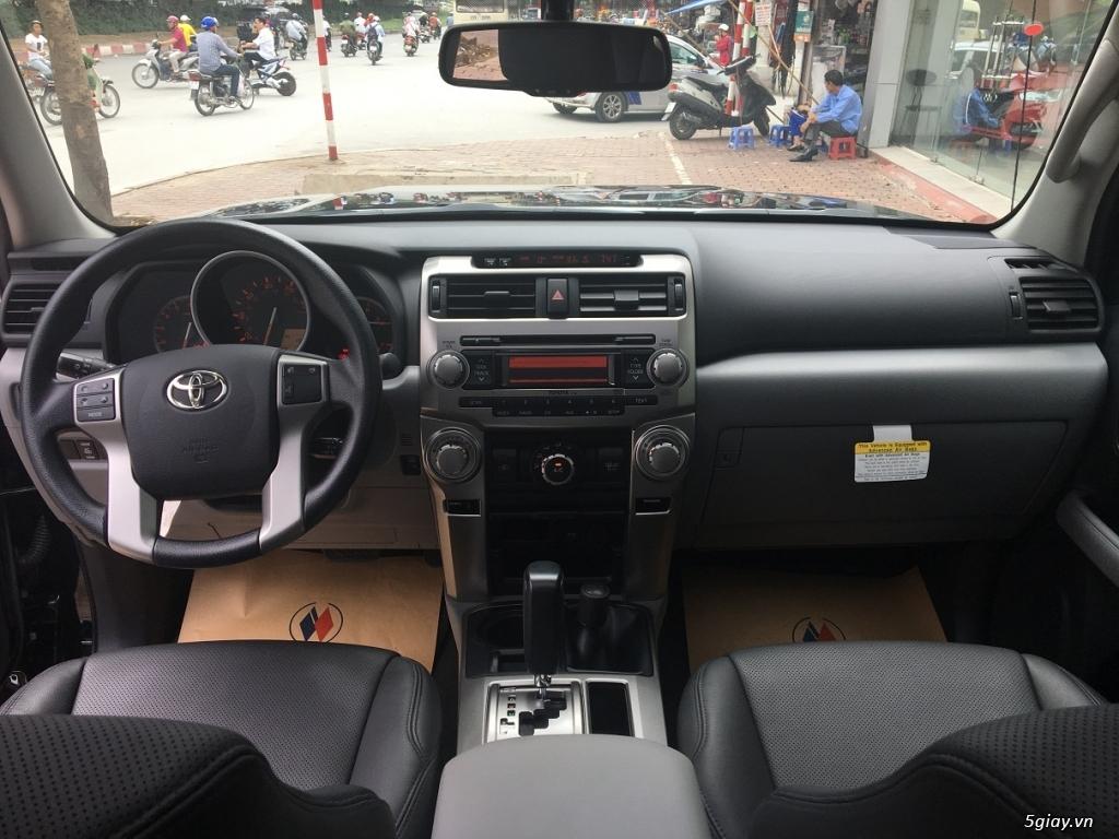 Cần bán Toyota 4Runner màu đen, hàng nhập khẩu, hàng giao ngay