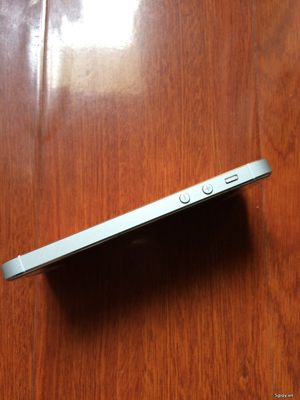 iphone 5s Silver 32gb zin mới 99% b.hành 12 tháng