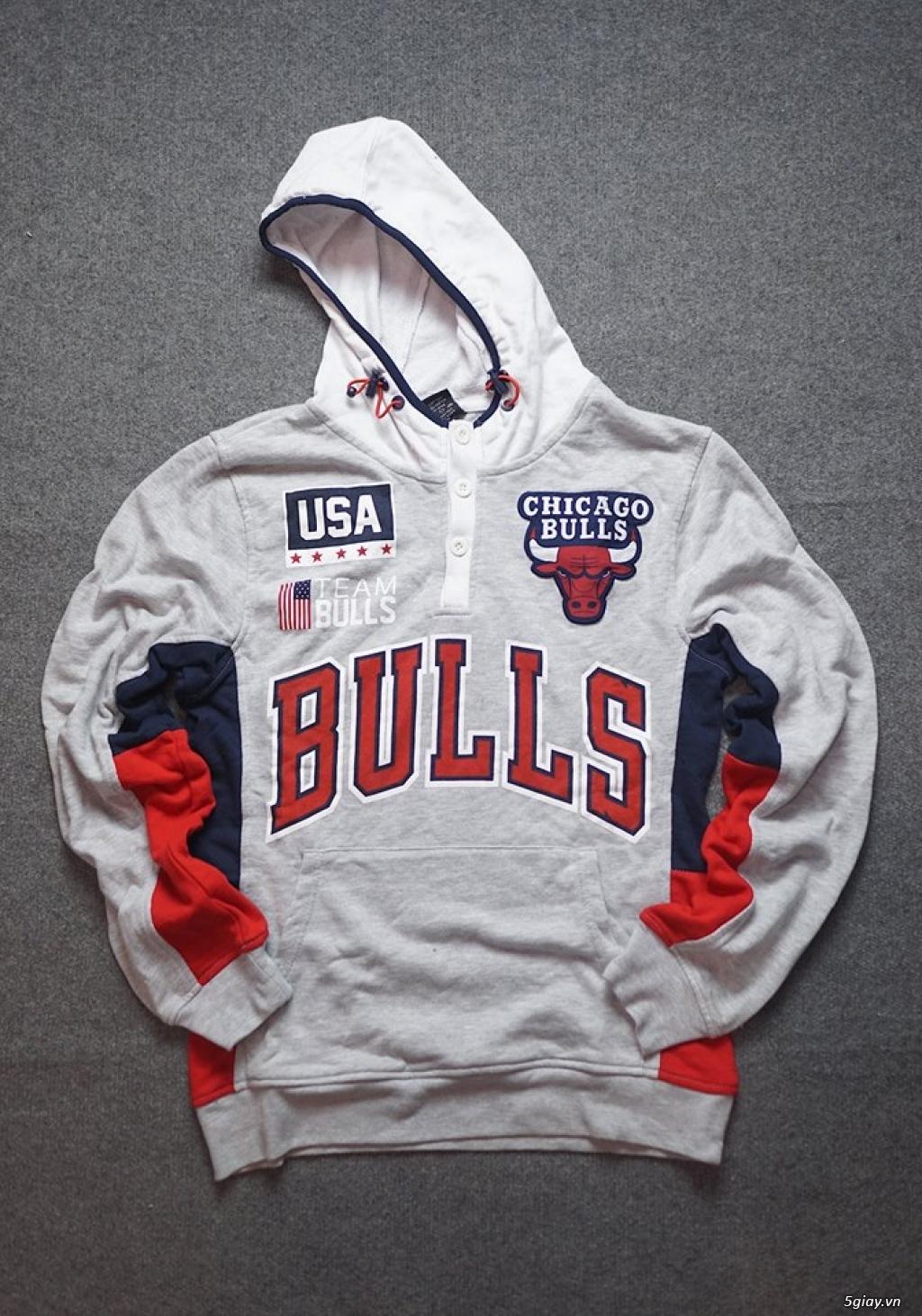 Thanh lý áo Hoodie nam Chicago Bulls, size M, mới 100%.