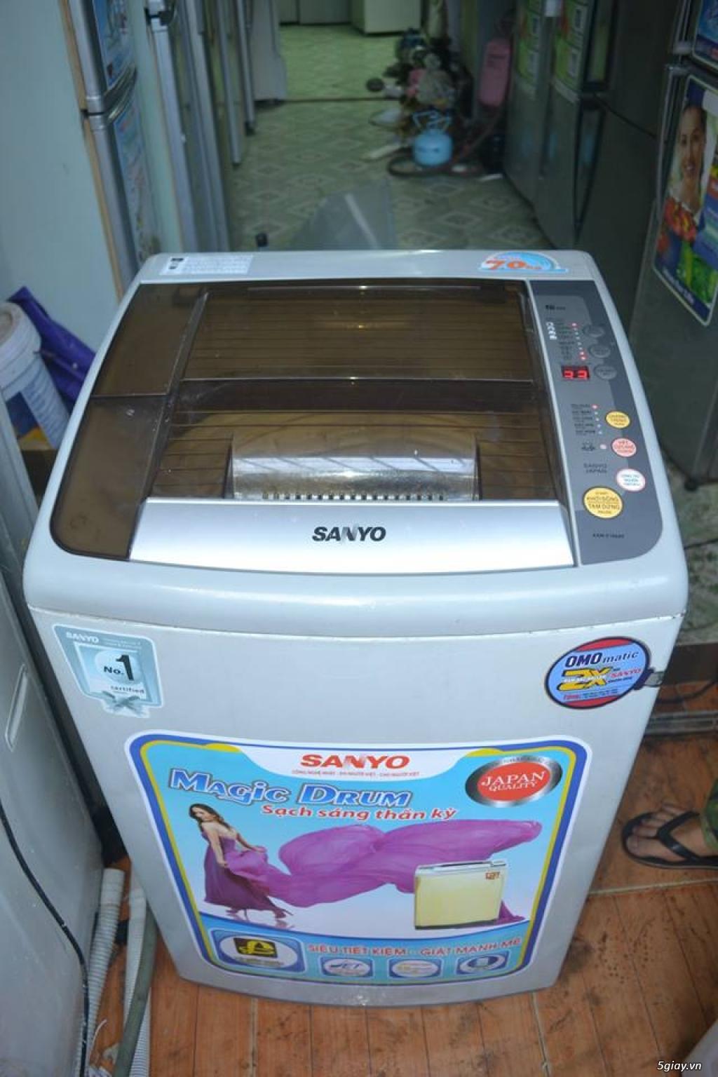 Máy giặt Sanyo 7kg new 80%zin 100%