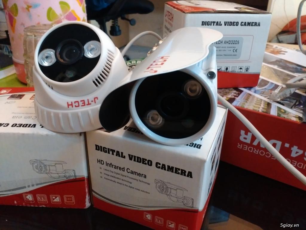 Bộ 2 Camera chống trộm bảo hành 2 năm