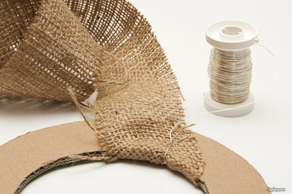 Khung ảnh tuyệt đẹp bằng vải thô và kẹp gỗ - 213174