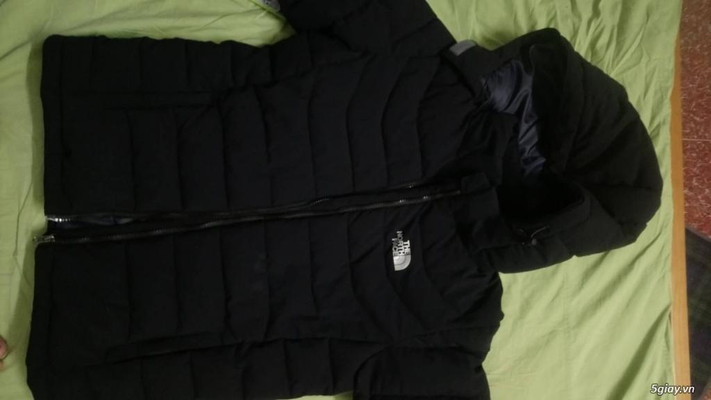 Cần Pass lại 1 áo khoác North Face