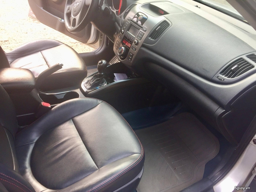 HCM - Cần bán gấp ô tô Kia Fort 2011 xe gia đình chính chủ. - 7