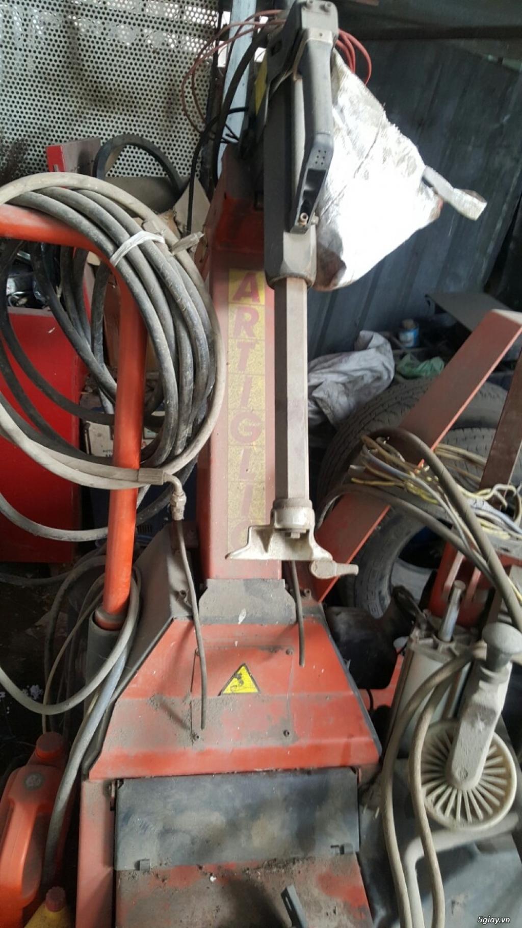 cần bán cầu nâng cũ 2 trụ thiết bi rửa xe - 9