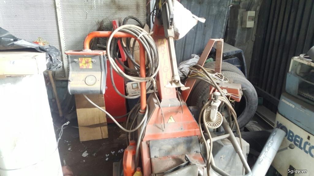 cần bán cầu nâng cũ 2 trụ thiết bi rửa xe - 6