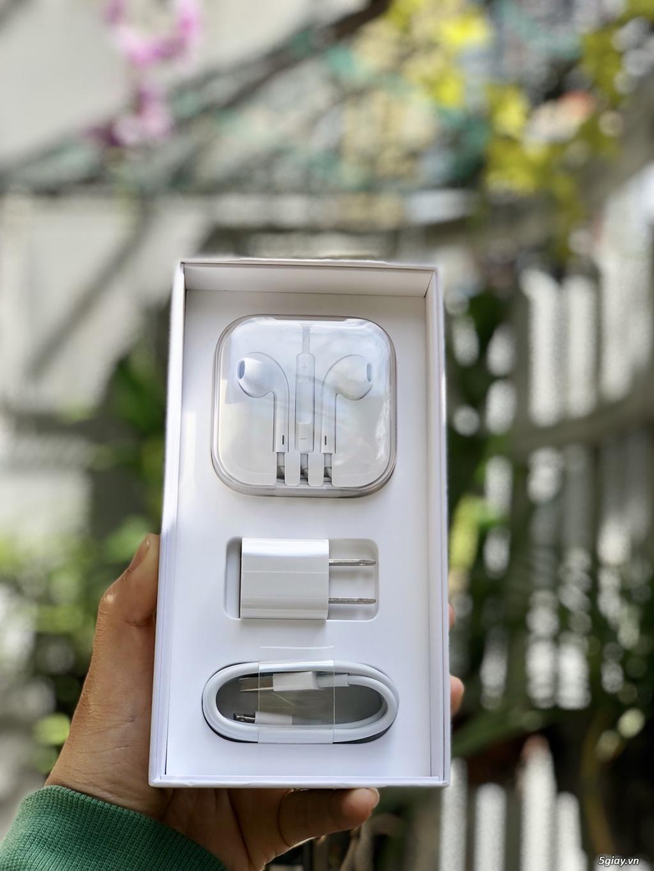Cần bán iPhone 6s plus 64g rose gold fullbox đẹp 98%