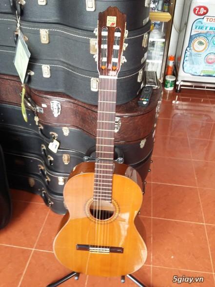 Alhambra guitar Mod 4C, Alhambra 1P và Alhambra Iberia A Tây Ban Nha