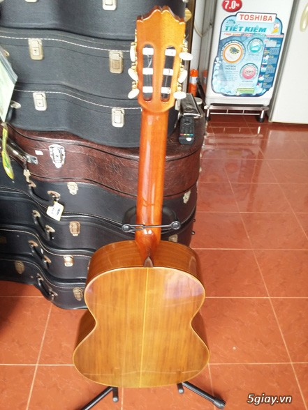 Alhambra guitar Mod 4C, Alhambra 1P và Alhambra Iberia A Tây Ban Nha - 2