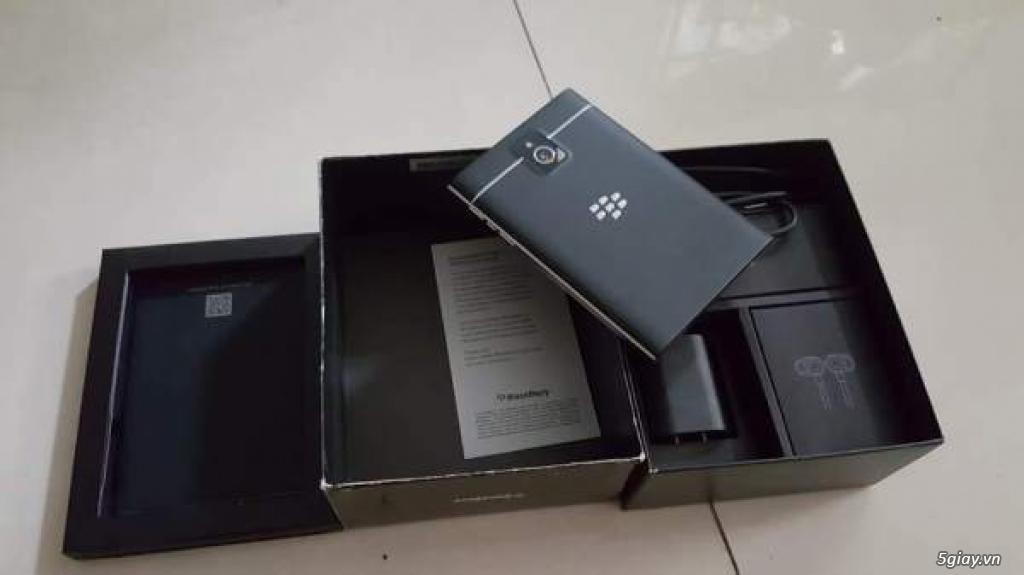 Blackberry passport đen hàng chính hãng VN bảo hành 11/2018
