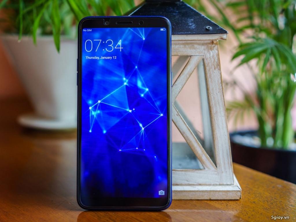 Ra mắt Oppo F5 phiên bản xanh thạch anh - 220188