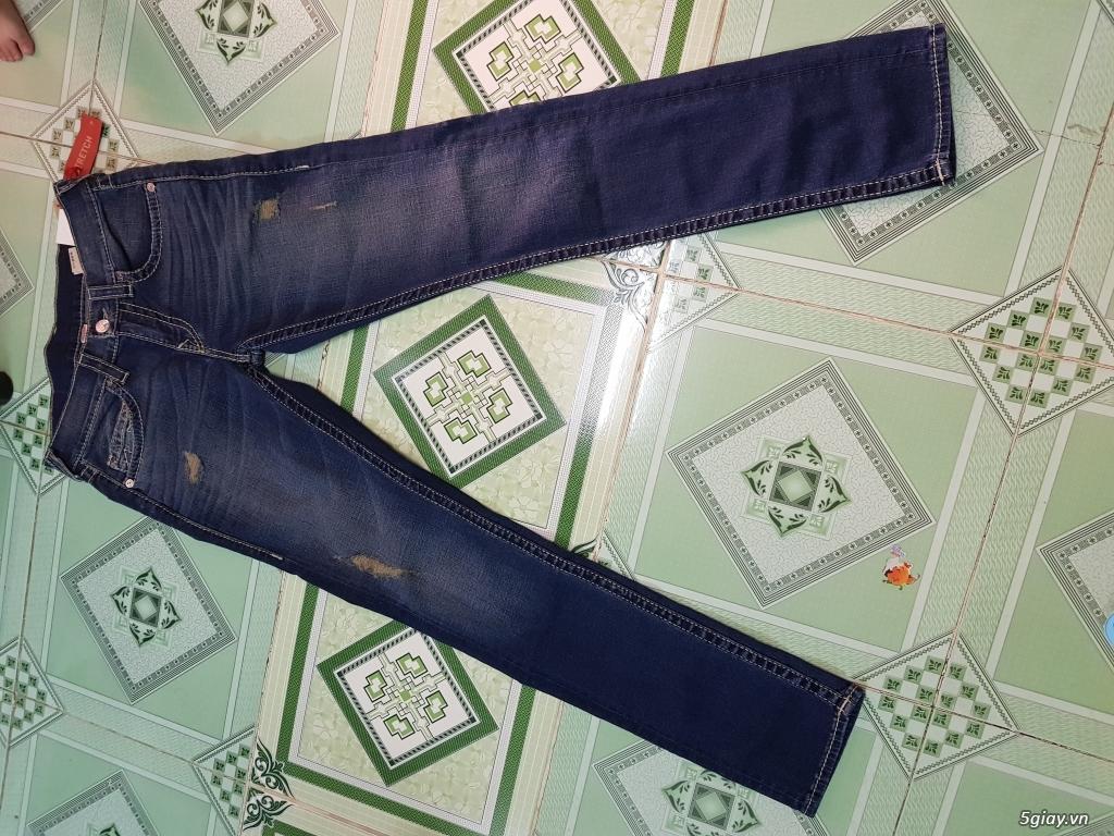 Quần jeans True religion(ông địa) chính hãng.