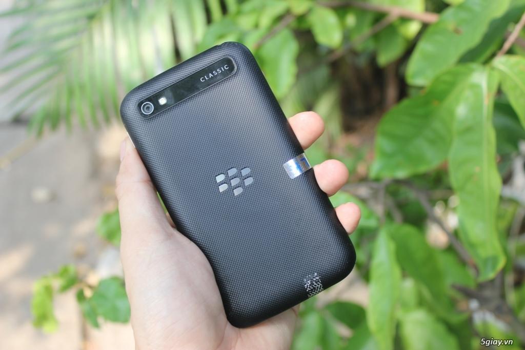 Blackberry Classic Q20 giá rẽ - 5