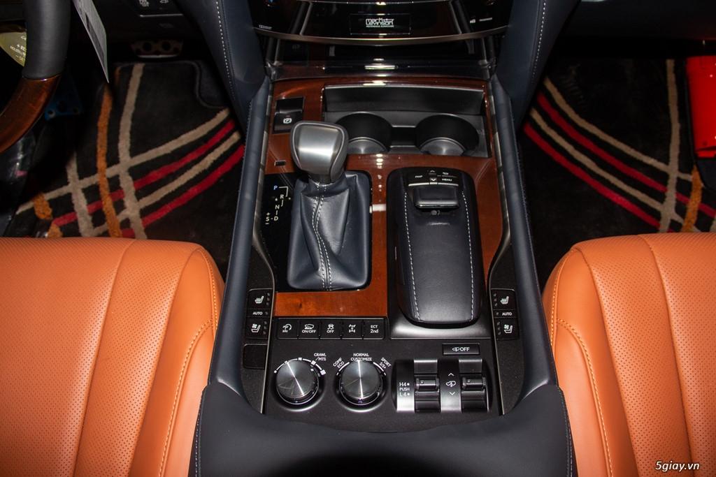 Chi tiết Lexus LX570 Super Sport giá gần 10 tỷ đồng - 8