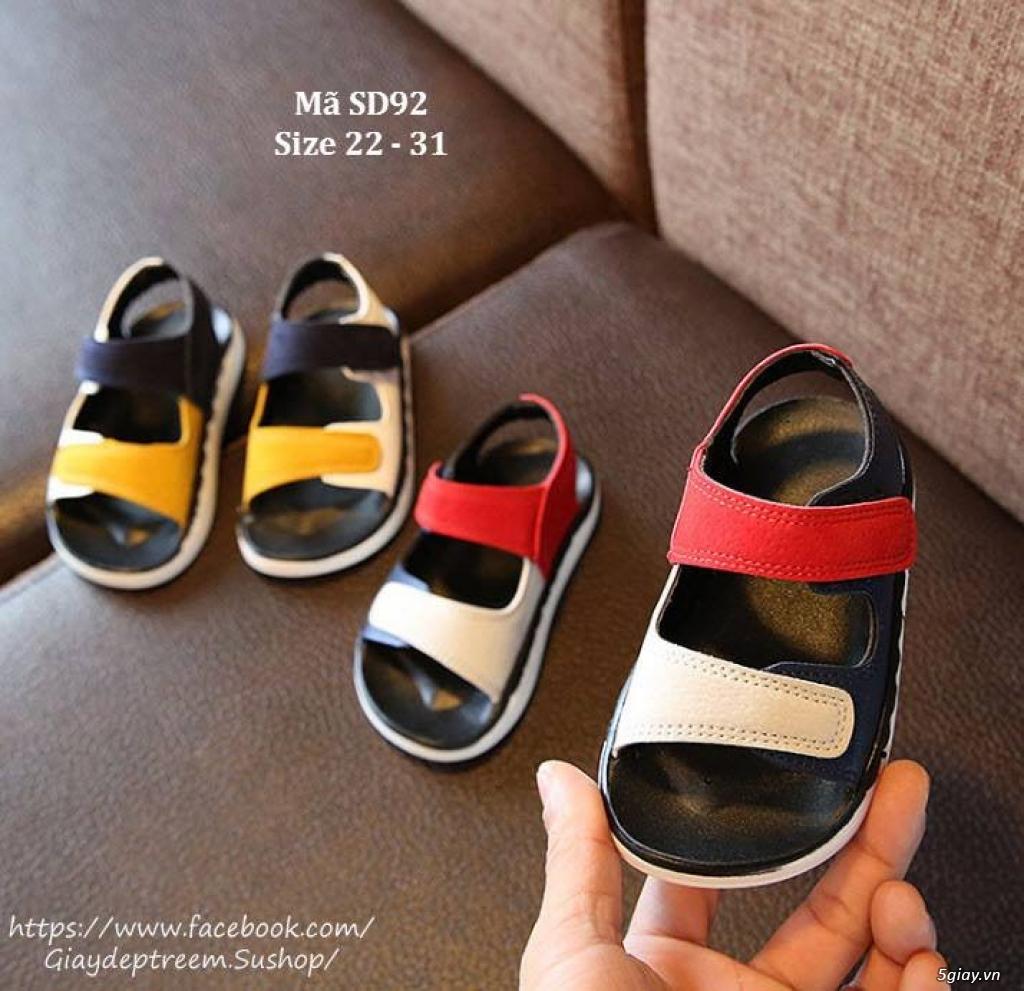 Sandal quai hai màu năng động cho bé trai