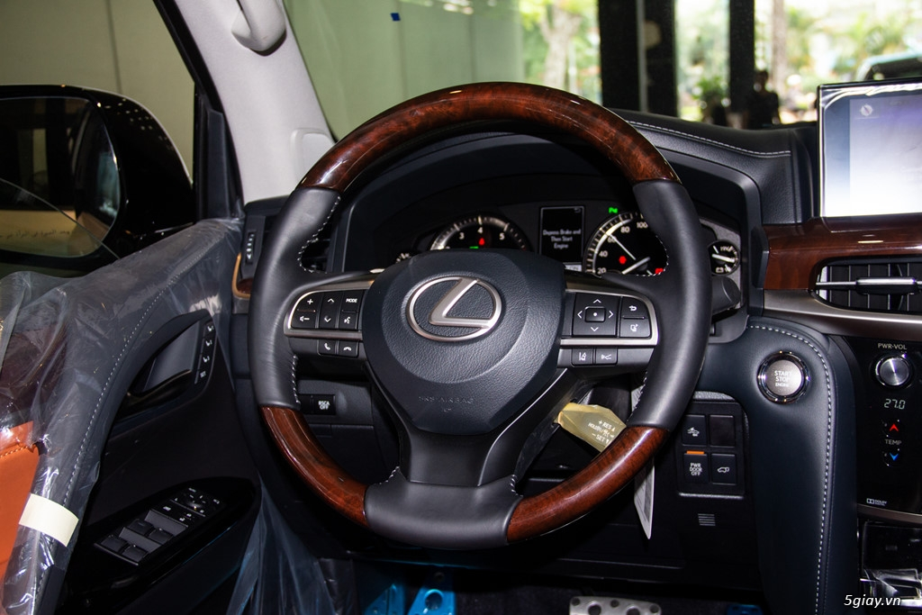 Chi tiết Lexus LX570 Super Sport giá gần 10 tỷ đồng - 7