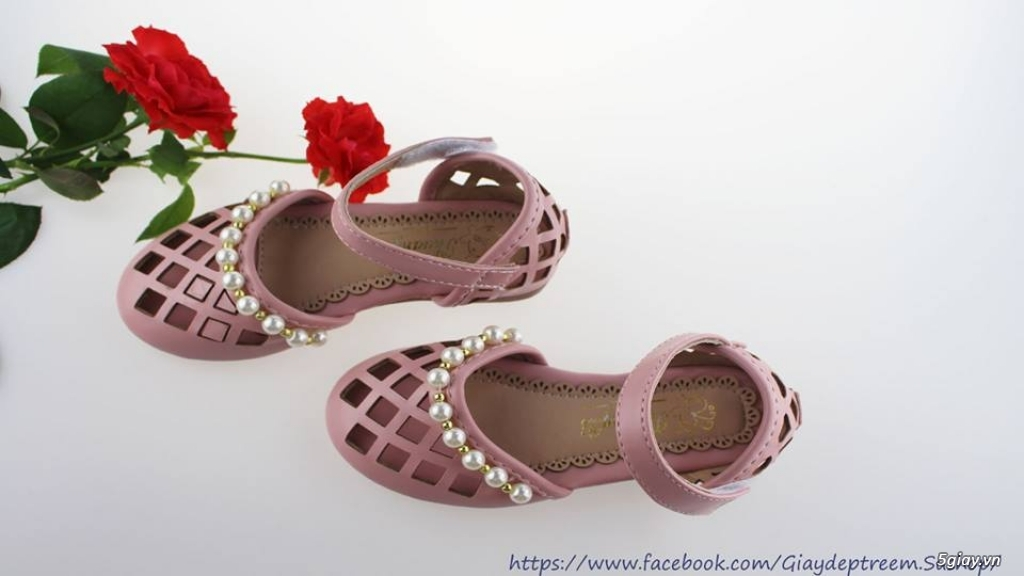 Sandal đính ngọc trai xinh xắn cho bé gái - 2