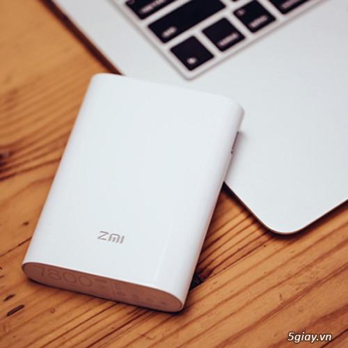 Thiết bị phát wifi 4G tích hợp pin sạc 7800mah ZMI (MF855)