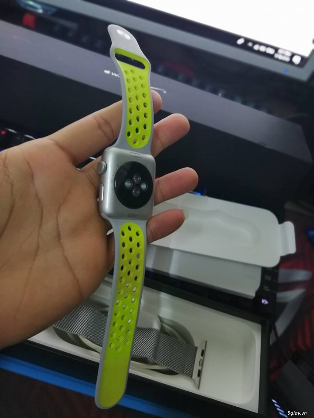 APPLE WATCH 42'' GEN 2 Series 2 Nike+ likenew !! - 3
