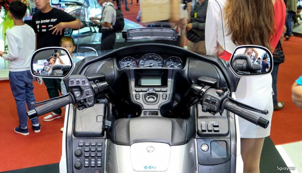 Đánh giá xe Honda Goldwing 2018: Vua đường trường với loạt công nghệ mới - 3