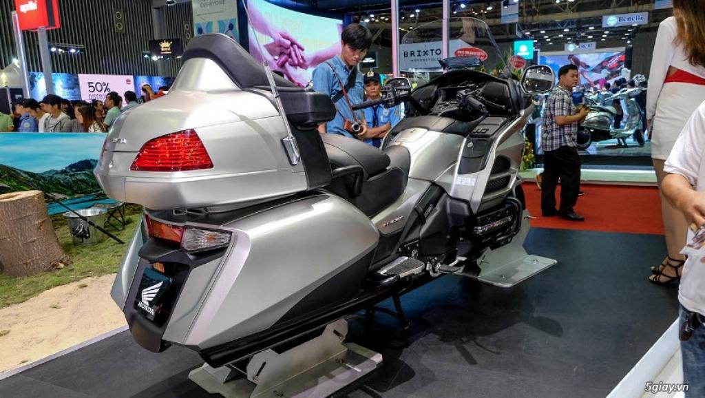 Đánh giá xe Honda Goldwing 2018: Vua đường trường với loạt công nghệ mới - 2