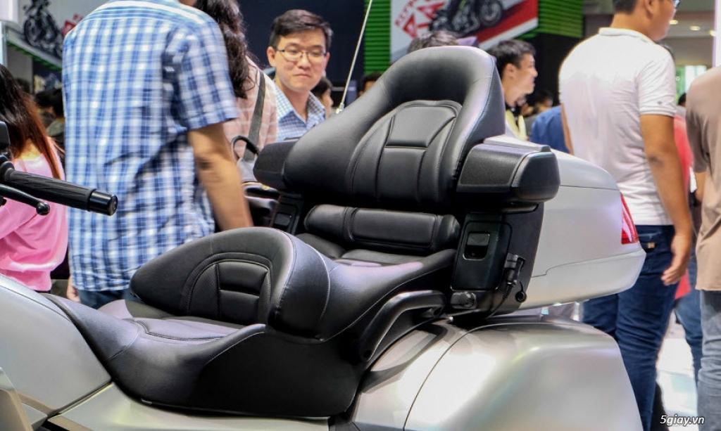 Đánh giá xe Honda Goldwing 2018: Vua đường trường với loạt công nghệ mới - 5