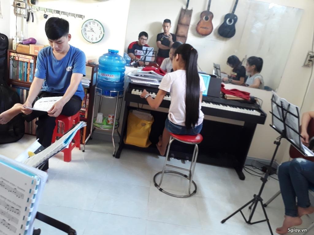 Dạy guitar đệm hát (modern) cơ bản ở Gò Vấp (đặc biệt có dạy và bán guitar tay trái) - 1