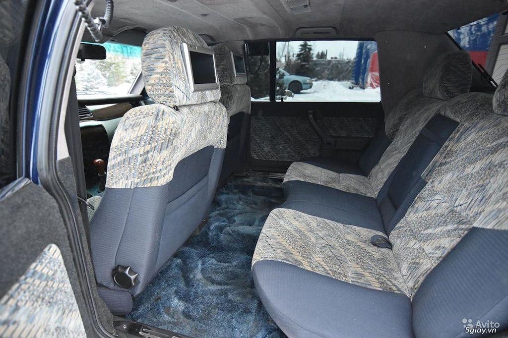 """""""Xe công vụ"""" Nga Moskvich Ivan Kalita đắt ngang Mercedes S-Class đời mới - 3"""