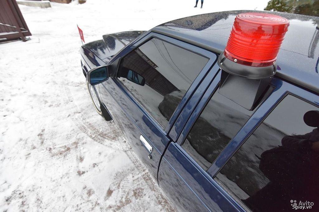 """""""Xe công vụ"""" Nga Moskvich Ivan Kalita đắt ngang Mercedes S-Class đời mới - 7"""