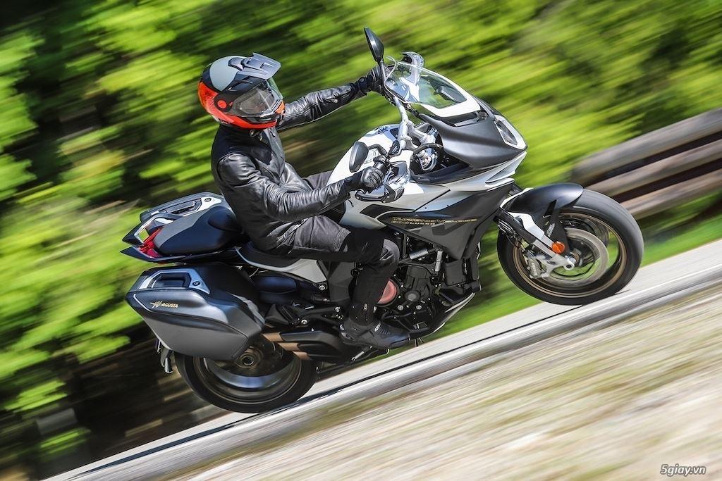 Khám phá dòng xe sport-touring MV Agusta Turismo Veloce SCS - 6