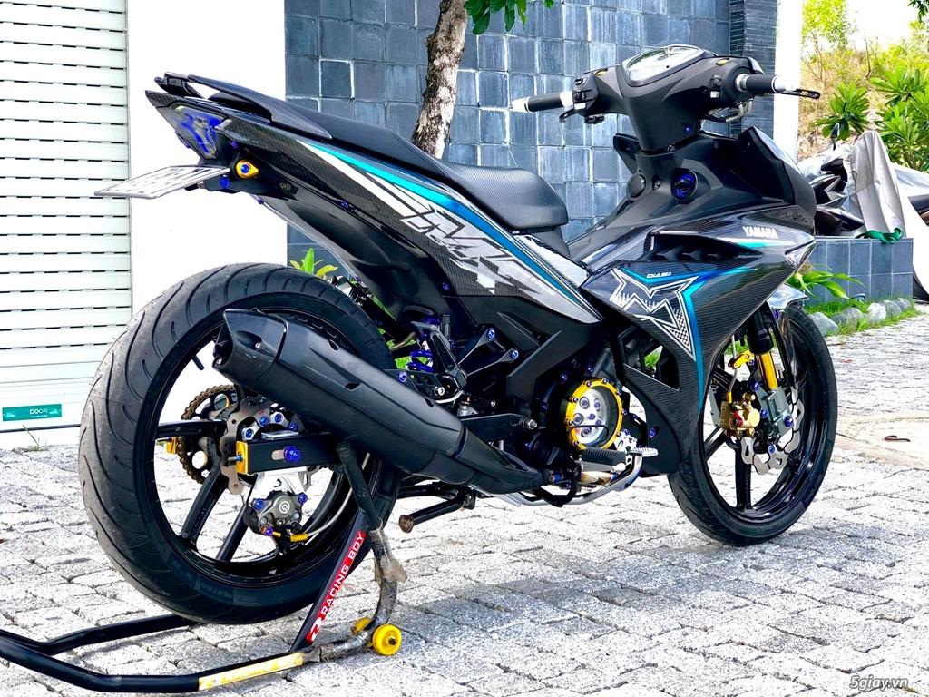 Yamaha Exciter 150 với dàn áo carbon đẹp mắt - 4
