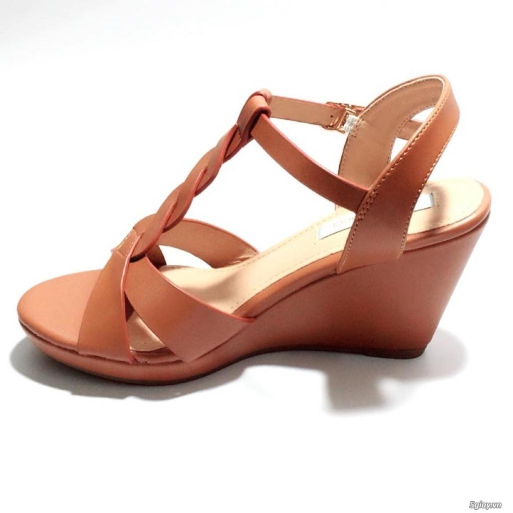 Giày sandals đế xuồng cao 8cm, mẫu thiết kế xinh xắn dễ thương