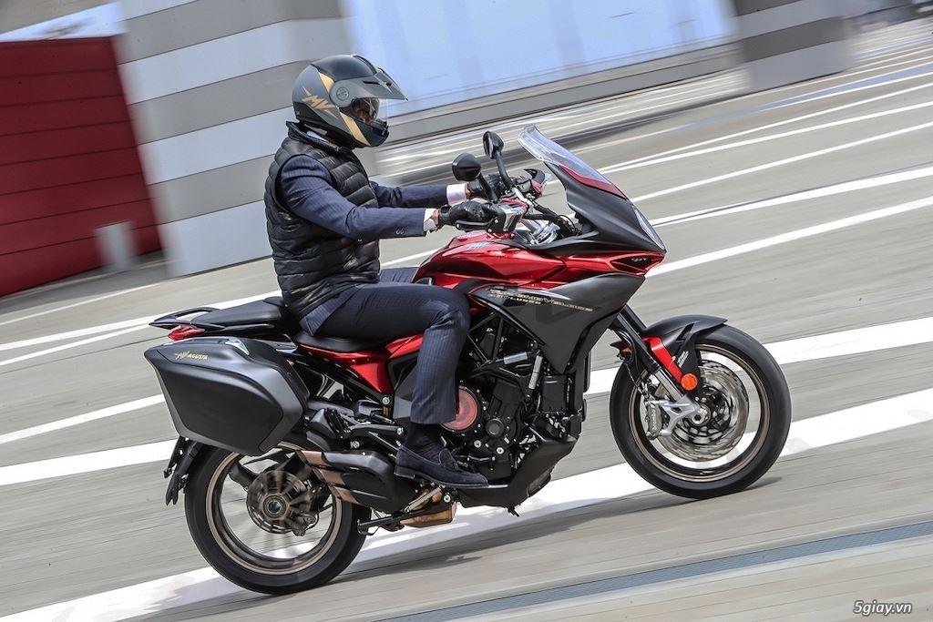 Khám phá dòng xe sport-touring MV Agusta Turismo Veloce SCS - 5