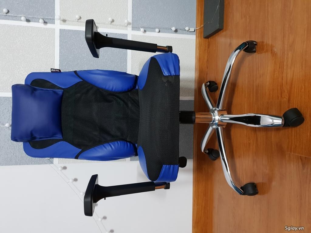 Cần bán 1 ghế game thủ 240X màu xanh