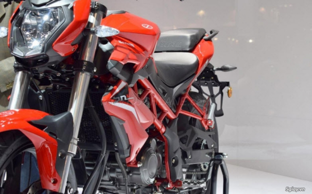 Đánh giá xe Benelli BN 125 2018 thế hệ mới vừa ra mắt thị trường - 1