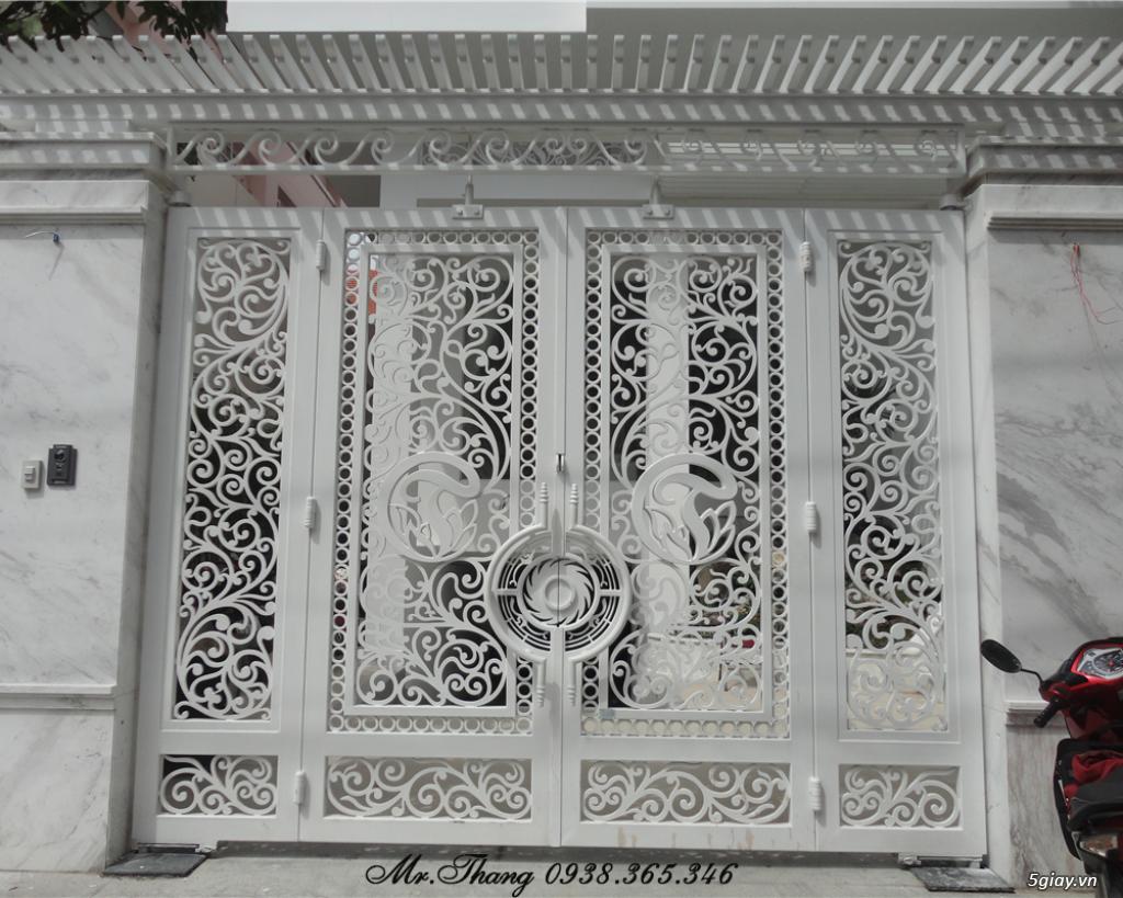 Cửa Cổng Sắt Mỹ Thuật Đẹp Sài Gòn - 4