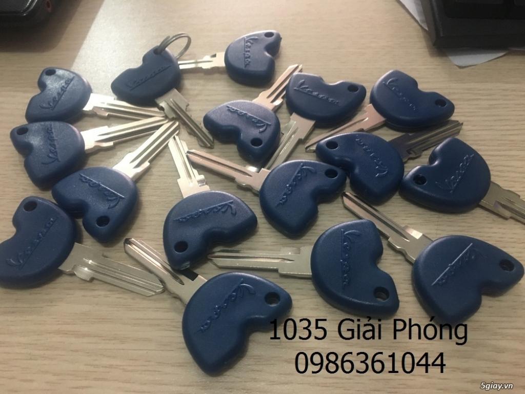 Làm lại chìa khóa xe Vespa Piaggio tại Việt Ý - 6