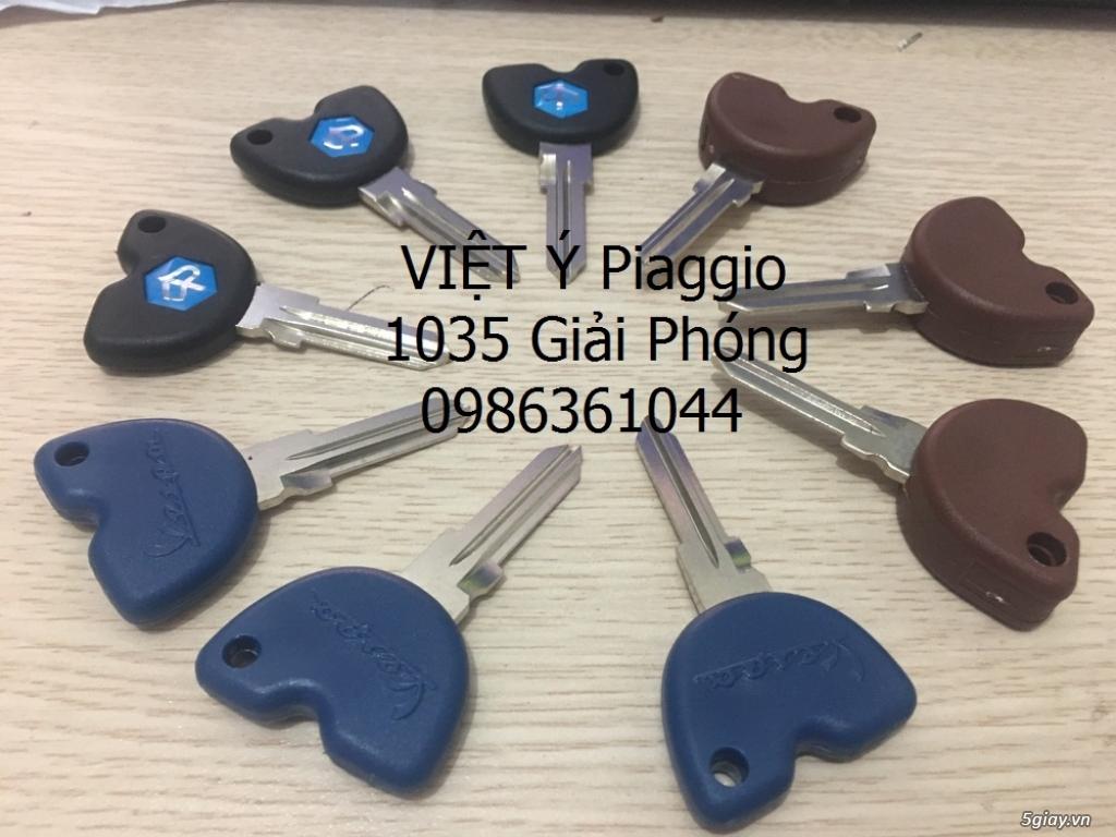 Làm lại chìa khóa xe Vespa Piaggio tại Việt Ý - 2