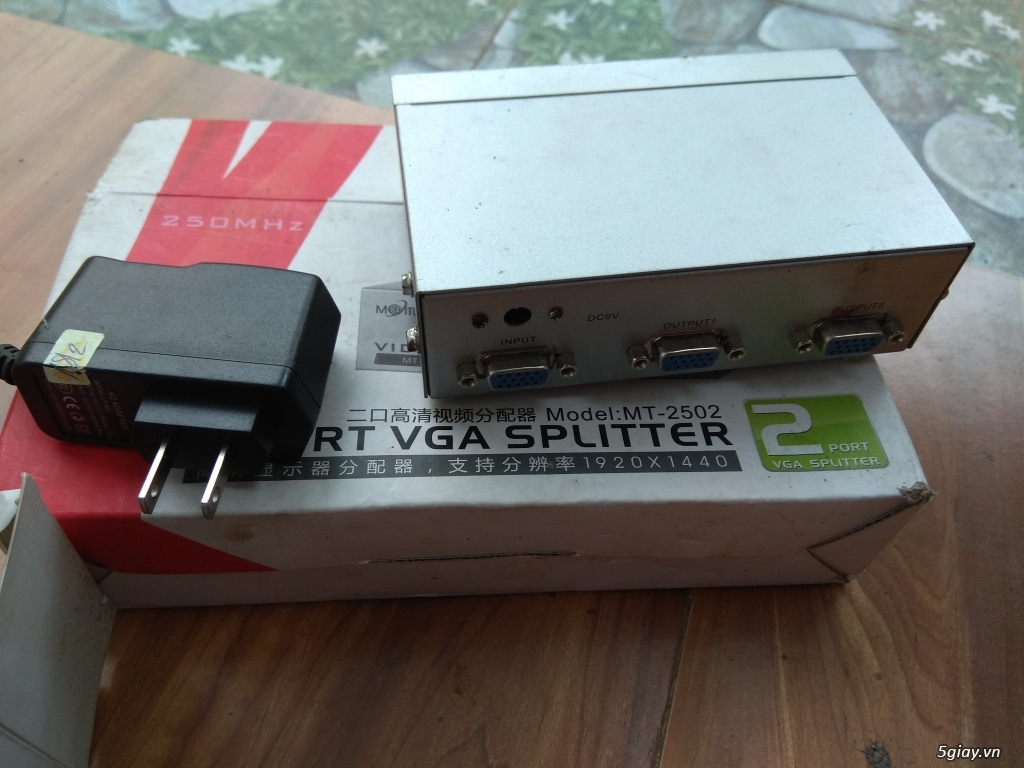 Thanh Lý Bộ chia VGA và dây VGA dài khoảng 10M - 1