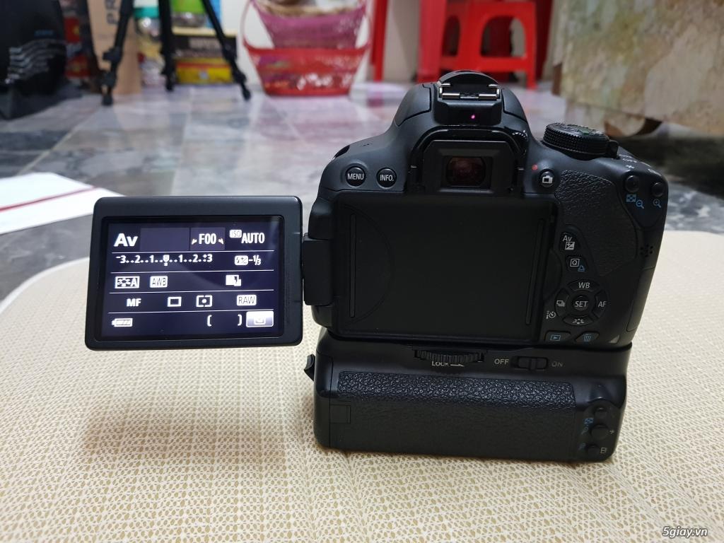 Bán/đổi Canon 700D + kit 15-55 + Grip + 3 pin - 1