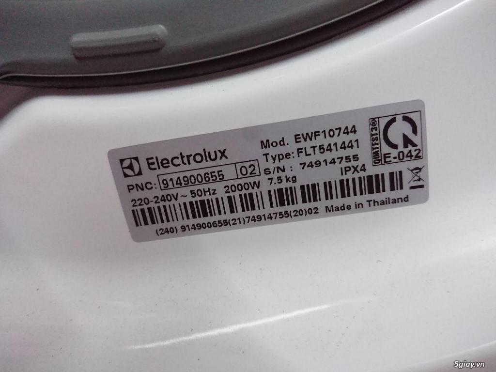 Cần bán 1 máy giặt Electrolux EWF10744 Inverter - 7,5kg mới 99.9% - 1