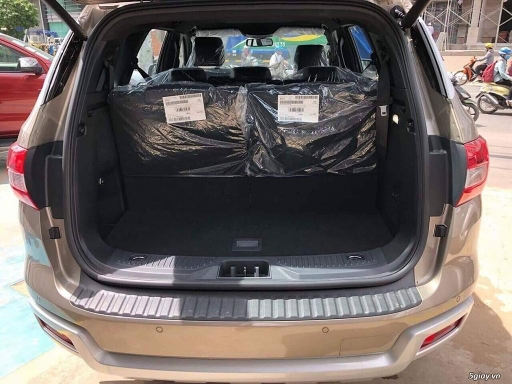 Ford Everest Titanium 2.0 Bi-Turbo 2018, liên hệ đặt xe ngay - 12