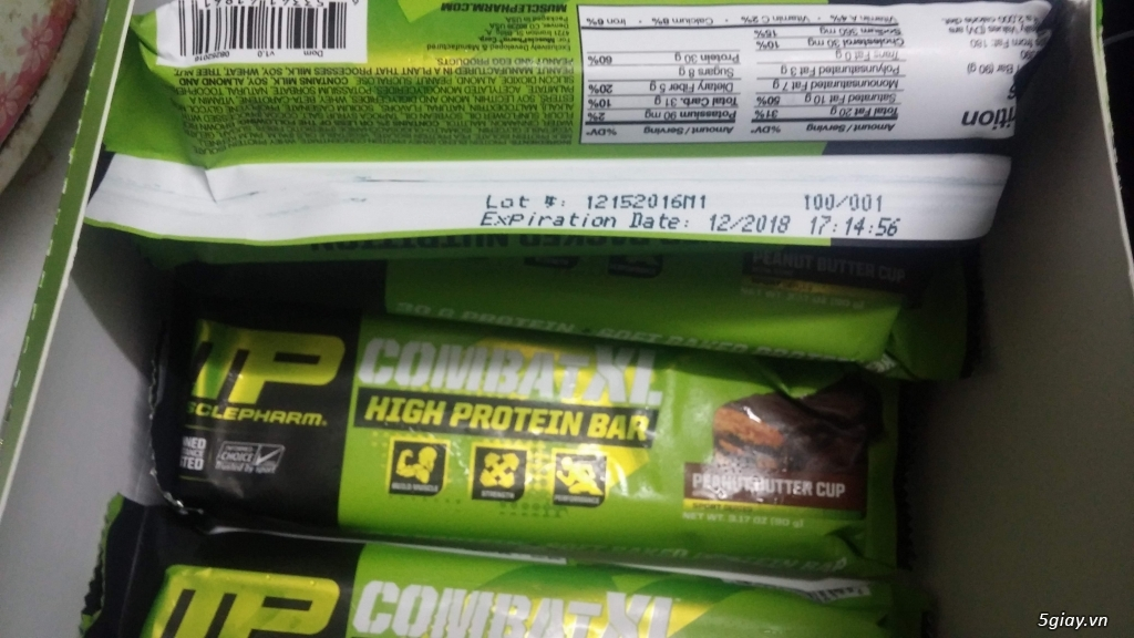 8 thanh Combat XL protein bar của Muscle Pharm