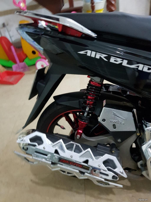 Air Blade 125 Fi đỏ đen đã độ rất nhiều đồ chơi xịn cho A/E đi phượt ! - 2